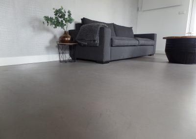 Rustieke microcement vloer